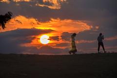Fotografiando la puesta de sol en Oro.
