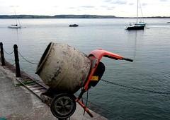 Economy Speed Boat Engine  Aug 25Th 2018 Aberdyfi (mrd1xjr) Tags: economy speed boat engine aug 25th 2018 aberdyfi