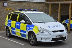 WX10 GWA (S11 AUN) Tags: avon somerset police ford smax mpv dog section policedogs dsu dogsupportunit incident response triforce 999 emergency vehicle wx10gwa