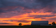Marion Barn (sniggie) Tags: kentucky marioncounty barn bluehour dusk sunset twilight