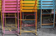 De Oude Mol (Pieter Musterd) Tags: deoudemol oudemolstraat hofkwartier terrasstoelen chairs stoelen kleurrijk pietermusterd musterd canon pmusterdziggonl nederland holland nl canon5dmarkii canon5d denhaag 'sgravenhage thehague lahaye