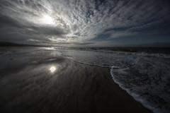 Rivage 1 (Patrice StG) Tags: québec septiles côtenord northshore stlaurent stlawrence gulf golfe rivage shore plage beach sand sable soleil gimp pentax pentaxart kp