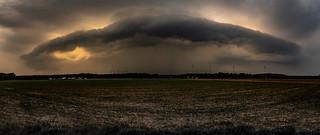 Gewitterfront über dem Niederrhein in Hünxe