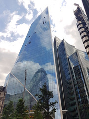 20180817_141647 london 1 (andy michael2012) Tags: london buildings uk city squaremile londoneye londoner londonpop londontown londoncity londonbridge londonlife londonist londonart westminster abbey st pauls cathedral houses parliament pancras renaissance hotel national theatre drapers hall battersea power station the gherkin shard one canada square heron tower leadenhall street cheesegrater officecity crystal palace hsbc scalpel 30 mary axe swiss re building bt bishopsgate
