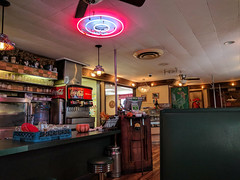 Al's Chickenette - Hays, Kansas (BeerAndLoathing) Tags: 1950s summer cellphone roadtrip diner kansas august googleandroid trip nexus6p android eclipsetrip 2017 google hays unitedstates us