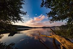 Mondscheinnacht am Ufer des Laacher Sees (clemensgilles) Tags: rheinlandpfalz deutschland see lake clouds moonlight moonshine mondnacht starlight nachtfotografie night eifel germany beautiful