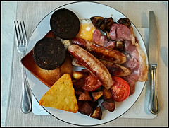 Very Important........... (Jason 87030) Tags: meal food grub scoff fried fryup fullenlgish toast friedbread friedeggs meat sausages bacon mushrooms tomato grilled fry blackpudding bedandbreakfast holiday iow isleofwight august 2018 phone plate knife fork table morning start day hash brown served serving grease fat spuds potato diet