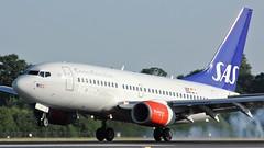LN-TUF (AnDyMHoLdEn) Tags: sas scandinavian 737 staralliance egcc airport manchester manchesterairport 05r