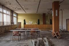 TRADITIONSKABINETT (danieljakob22) Tags: verfall verlassen nikon decay classroom abandoned urbex kabinett lehrsaal