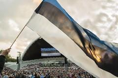 Ühislaulmine (Loore-Ly) Tags: üheslaulmine laulupidu eesti estonia estonians flag sing people crowd mass song