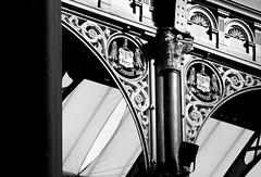 DSC_2473-w (Jonathan Makin Photography) Tags: leeds town hall civic market kirkgate corn exchange city night shopping arcade modern architecture victorian victoria quarter quarry hill markets mural art street photography piano trail county cross thorntons illuminated lit statue war memorial