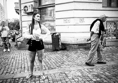 Don't leave me this way (ElBiSt (Bianca Stoicheci)) Tags: romania bucharest people streetphotographhy street blackandwhitestreetphotography bw blackandwhite aparatelevorbesclaf64 streetlife