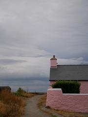 Aberaeron (Dubris) Tags: wales cymru ceredigion aberaeron town architecture building house pink