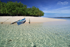Potipot Island (engrjpleo) Tags: potipotisland candelaria uacon zambales centralluzon philippines island beach sea seascape landscape boat water waterscape seaside shore sand outdoor tropical tree sky ocean