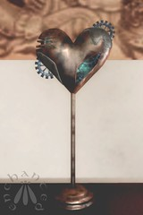 This mechanical heart was pretty despite its creepiness. (gwen.enchanted) Tags: 7deadlys{kins awenia cazimi coquette insurrektion maitreya realevilindustries reign rivendale s0ng sorumin stealthic swallow vista