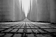 Holocaust-Mahnmal (Iamnotaphotographer_) Tags: blackandwhite berlin berlino biancoenero holocaustmahnmal german germania deutschland
