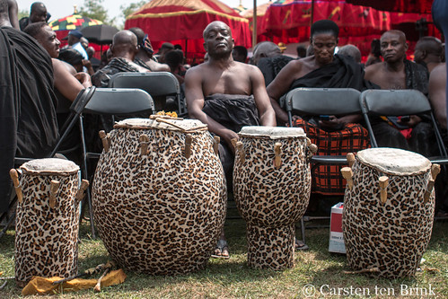 At the Queen Mother's funeral - the drummer waits