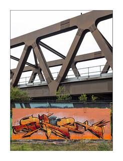 Street Art (Dripper), East London, England.