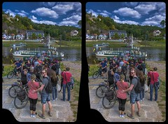 Elbfähre 3-D / Kurort Rathen / Stereoscopy / HDRaw (Stereotron) Tags: saxony sachsen saxonswitzerland sandstone mountains nationalpark sächsischeschweiz elbe fähre ferry waiting queue ausflug wanderung hikers hiking trip travel tourists europe germany deutschland cross eye view xview crosseye pair free sidebyside sbs kreuzblick bildpaar 3d photo image stereo spatial stereophoto stereophotography stereoscopic stereoscopy stereotron threedimensional stereoview stereophotomaker photography picture raumbild twin canon eos 550d remote control synchron kitlens 1855mm 100v10f tonemapping hdr hdri raw