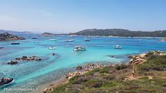 Isola Santa Maria (Sardegna) - Santa Maria Island (Sardinia) (9) (johnfranky_t) Tags: sardegna sardinia santa maria johnfranky t golfo samsung s7 scogli imbarcazioni mare azzurro motoscafi gommoni persone bagnanti cielo cespugli