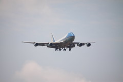 92-9000 Boeing VC-25A (747) Air Force One (Ian Press Photography) Tags: 929000 boeing vc25a stansted donald trump air force one afone af1 jumbo jet president presidential potus united america plane planes aircraft states usaf af b747 vc25
