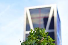 Arquitectura camuflada (Luz De Melibea) Tags: torres kio madrid arquitectura modernidad escueladejackie juegolvm búsquedadetesoro architecture modernity