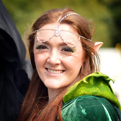 Middle Earth Festival - Hall Green, Birmingham UK (Birmingham Phil) Tags: tokien middle earth middleeartfestival hobbits lordoftherings thehobbit hobbiton shire baggins bilbobaggins frodobaggins sareholemill hallgreen birminghamuk costume middleearthfestival