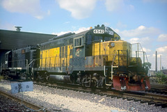 C&NW GP9R 4542 (Chuck Zeiler) Tags: chicago train chuckzeiler chz cnw gp9r 4542 railroad emd locomotive