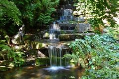 Wasserfall (r.wacknitz) Tags: wasserfall botanischergarten braunschweig niedersachsen natur licht nikond3400 nature park water plants green sunlight sculpture wasser brunnen