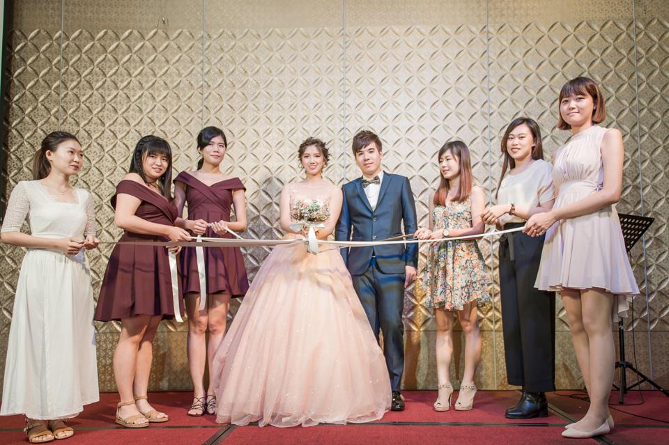 高雄婚攝 海中鮮婚宴會館 有正妹新娘快來看呦 C & S 142
