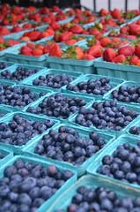 2-Manassas'sFarmers'Market (T's PL) Tags: nikontamron tamronnikon tamron16300f3563diiivcpzd tamron16300 blueberries d7000 farmersmarket manassasfarmersmarket manassasva nikon nikond7000 strawberries tamron tamron16300mmf3563diiivcpzd va virginia