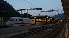 DB ICE (Krzysztof D.) Tags: pociąg train zug kolej bahn railway dworzec station stacja bahnhof europa europe wieczór abend evening szwajcaria schweiz suisse svizzera svizra interlaken electric elektryczny