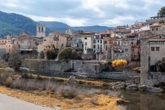 Besalu pueblo medieval ....Girona (jlmontes) Tags: españa spain cataluña catalunya medieval gerona girona besalu samyang14mm nikond3100