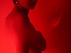 (Sofía Orellano) Tags: mine mendoza argentina nudes nude desnudo desnudos body cuerpo bodies cuerpos skin piel filter red redfilter filters filtros filtro rojo shadows shadow sombra sombras girl girls woman sexy seduction seduccion mistery misterio closeup zoom