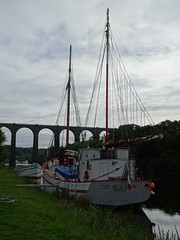 DSC01830 (guyfogwill) Tags: bridge guyfogwill france september septembre brittany bretagne finistère boats bateau 2018 boat viaduct républiquefrançaise bateaux holiday summer breizh bertaèyn 29 portlaunay meilharwern 29150 riverl'aulne fra