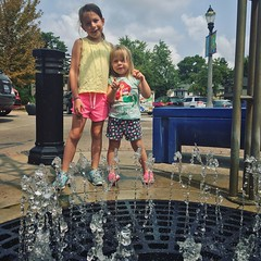 Moments With The Munchkins (matthewkaz) Tags: madeleine norah daughter daughters child children fountain eastlansing michigan summer 2018