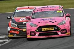 Sam Tordoff & Adam Morgan (kevinmcevey) Tags: adammorgan samtordoff mercedesbenzaclass fordfocusrs teamgardxracingwithmotorbase mactoolswithciceleymotorsport mactools gardx britishtouringcarchampionship motorracing motorsport btccsilverstone2018 btcc2018 btcc
