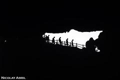 Sung Sot Cave (Ha Long Bay) (Nicolay Abril) Tags: vietnam việtnam viêtnam vietnã вьетнам 越南 베트남 ベトナム เวียดนาม វៀតណាម asia asien asie l'asie 아시아 เอเชีย អាស៊ី 亚洲 亞洲 アジア châuá sudesteasiático đôngnamá southeastasia asiatenggara asiedusudest sudestasiatique 东南亚 hạlongbay vịnhhạlong bahíadehalong baiedalong baiedhạlong hạlong 下龍灣 people mensen menschen leute gente gens 人 사람들 người oscuridad oscuro clavebaja donker lowkey sombre dark darkness obscurité bóng bóngtối shadows silhouettes sombras siluetas ombres sungsot sungsotgrave sungsotgrotto cueva cave caves cuevas grotto gruta hangđộng bohonisland bohon đảobồhòn