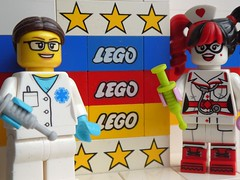Bunte Legos HMM (captain_joe) Tags: macromondays colorful bunt toy spielzeug 365toyproject lego minifigure minifig batman harley quinn harleyquinn nurse krankenschwester