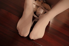love for ballet pointe shoes! (重庆彭于晏) Tags: pointe shoes ballet ballerina ballerino dance white tights pink canvas 芭蕾 sissy gurl chastity leotard slippers