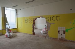 (Piet Farlakes) Tags: lost leiden abandoned demolition decay city sloop urban exploration netherlands boerhaavelaan don bosco school farlakes piet