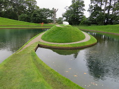 UK - Scotland - West Lothian - Wilkieston - Jupiter Artland - Life Mounds (JulesFoto) Tags: uk scotland westlothian wilkieston jupiterartland sculpturepark
