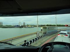 Woolwich (KCZ 33) Tags: woolwich ferry london scania ireland v8 143 144 164
