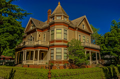 DSC08192--Red Bluff, CA (Lance & Cromwell back from a Road Trip) Tags: redbluffca roadtrip 2018 redbluff northern california vintage victorian houses homes sony sonyalpha