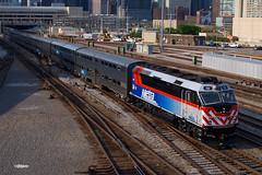 180510_05_Metra194_ChiUS (AgentADQ) Tags: chicago illinois union station roosevelt road train trains commuter metra f40ph2m