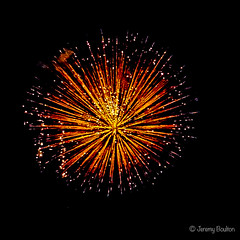 Explosive (JKmedia) Tags: boultonphotography nationalfireworkschampionships 2018 aug plymouth devon uk hoe firework colourful night pyrotechnics explosion display