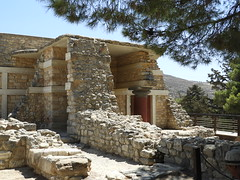 Knossos Palace, Crete (caffeine_obsessed) Tags: knossos palace crete minoan minos iraklio heraklion island greece europe aegean civilization historic archaeology archaeological site excavation prehistoric people architecture pottery structures