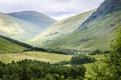 Horseshoe Viaduct, Allt Kinglass river, Scotland (http://www.paradoxdesign.nl) Tags: green allt kinglass river scotland schottland schotland ecosse west highlands horseshoe viaduct bridge train landscape hills