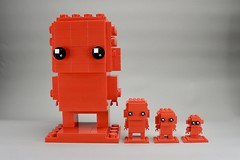LEGO Monochrome BrickHeadz Family in Red (Pasq67) Tags: lego monochrome afol toy toys flickr legography pasq67 brickheadz red france 2018 big moc mini nano brickpirate