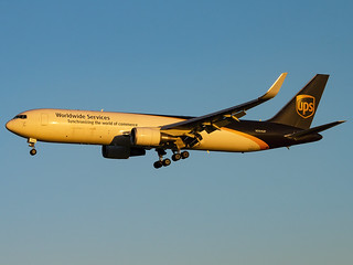 United Parcel Service | Boeing 767-34AF(ER)(WL) | N354UP